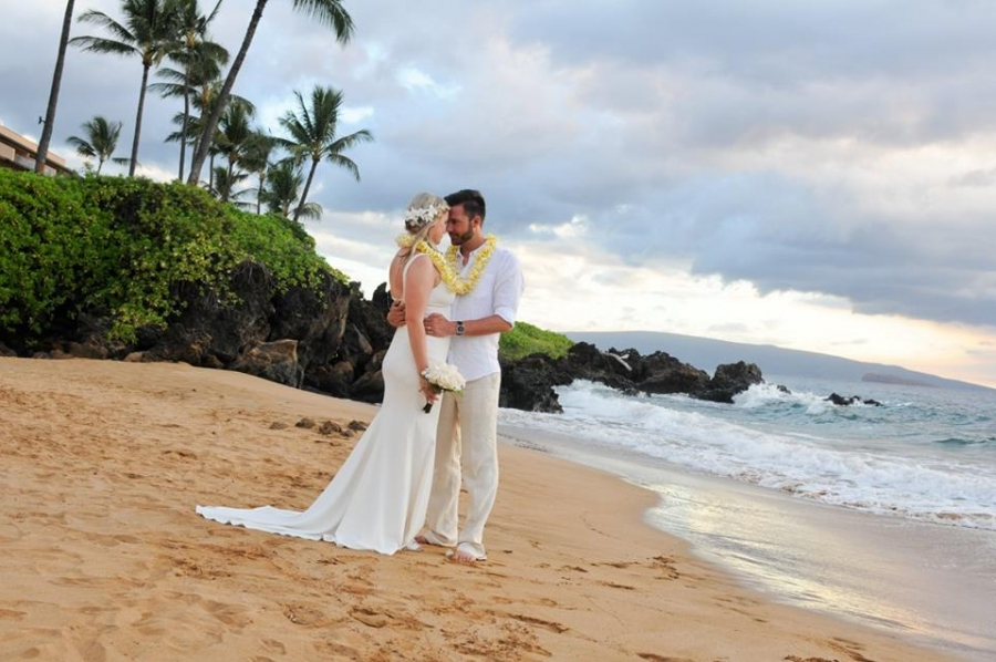 Maui hawaii destination wedding packages getting married in hawaii much for taking the time to consider maui weddings from the heart as your maui wedding planner to assist you with the planning of your maui hawaii beach junglespirit Choice Image